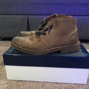 Johnston & Murphy Desert Chukka boots